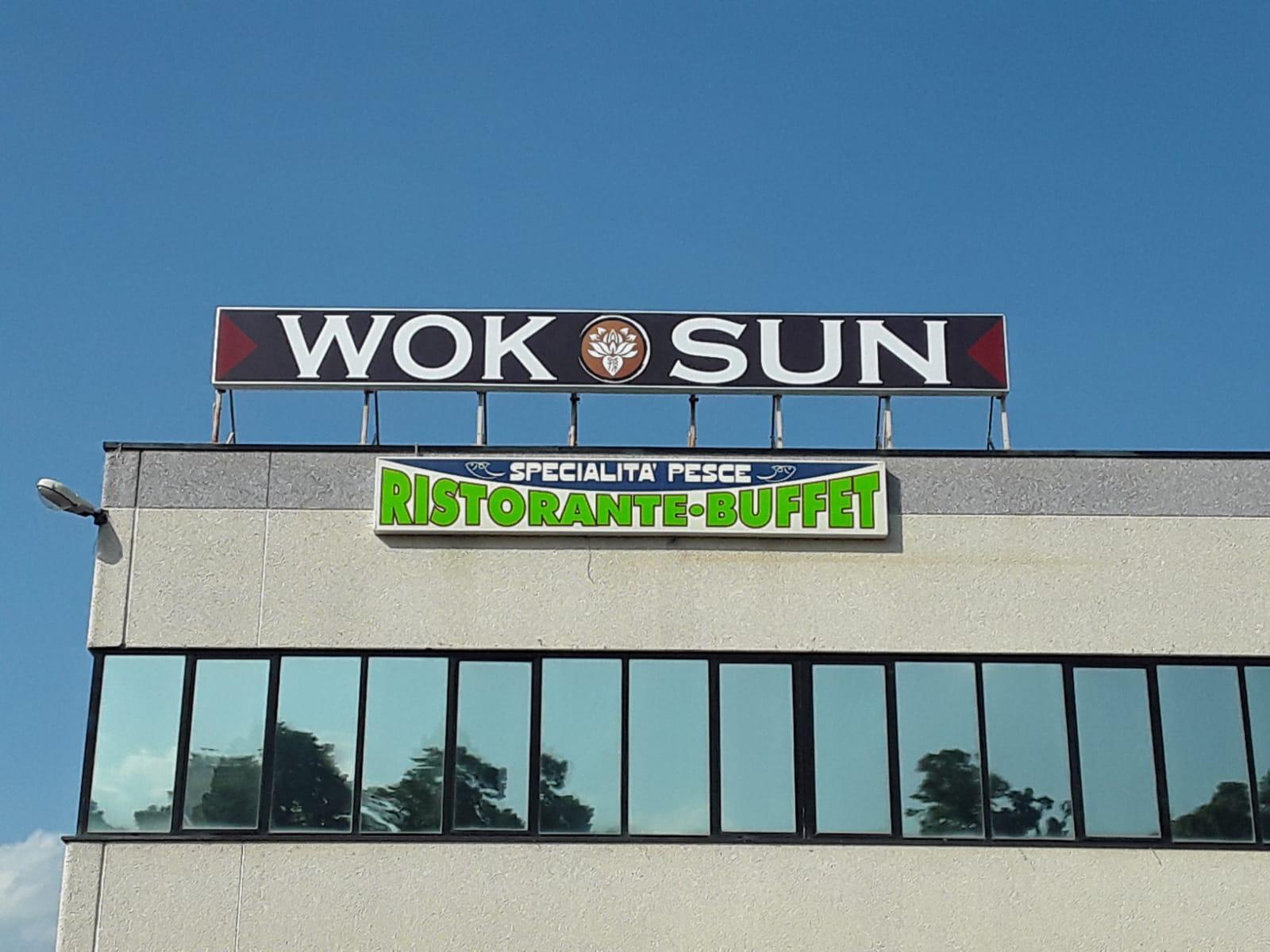 Insegna Luminosa Wok Sun