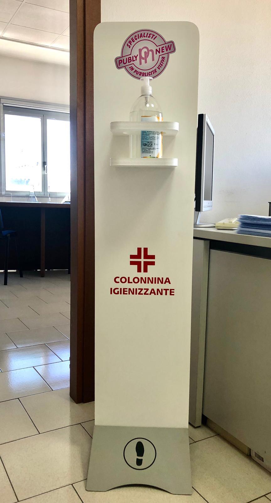 Colonnina con Igienizzante